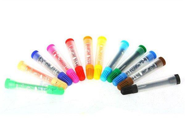 父母如何选购儿童画笔